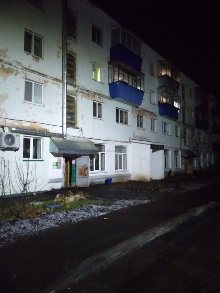 В Бавлах в одном из жилых домов произошел взрыв газа