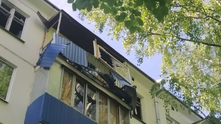 В Казани из-за взрыва газа в многоэтажке пострадала женщина