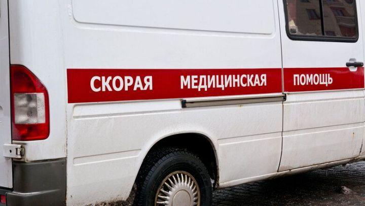 Во время ночного пожара в Казани пострадала пенсионерка