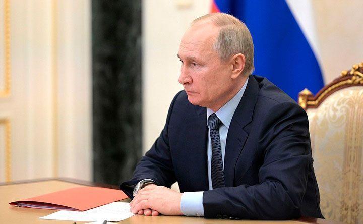 Путин рассказал о недомогании после вакцинации от коронавируса
