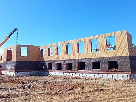 В Челнах активно строится первый этаж православной гимназии