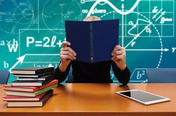 Студентку казанского вуза не допускают до экзаменов из-за необычного внешнего вида