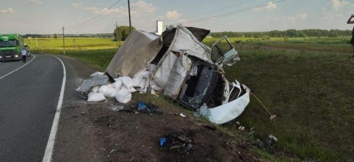 С места смертельного ДТП на М7 госпитализировали водителя грузовика