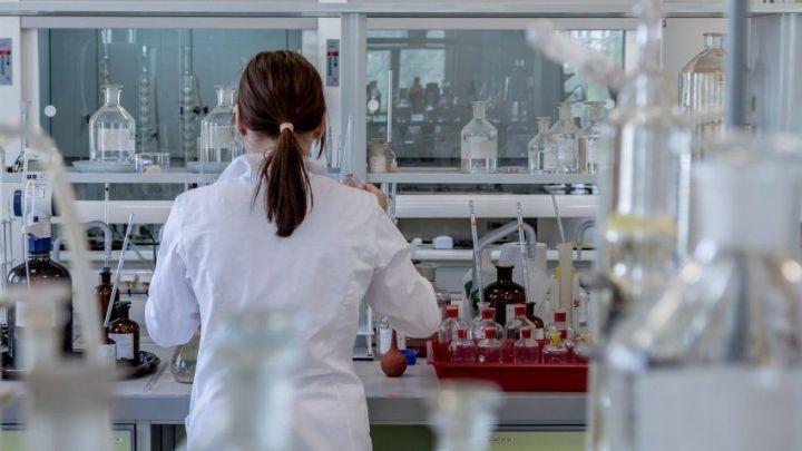 В РФ планируют создать вакцину, которая будет защищать и от COVID-19, и гриппа