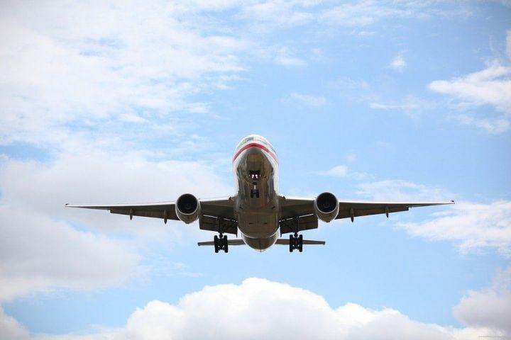 Пассажиры рейса, экстренно севшего в Казани, вылетели в Москву на другом самолете