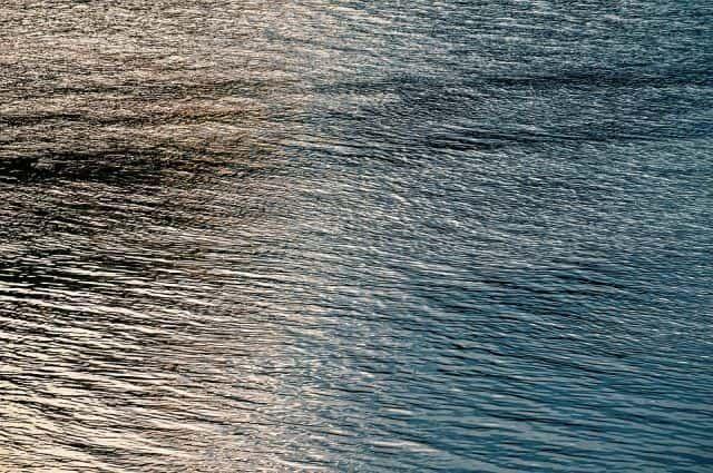 На реке Волга в Лаишевском районе всплыл участок трубопровода