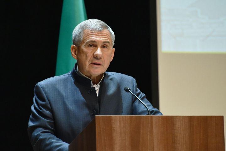 «Я искренне хотел бы поблагодарить каждого»: Минниханов обратился к татарстанцам после окончания выборов