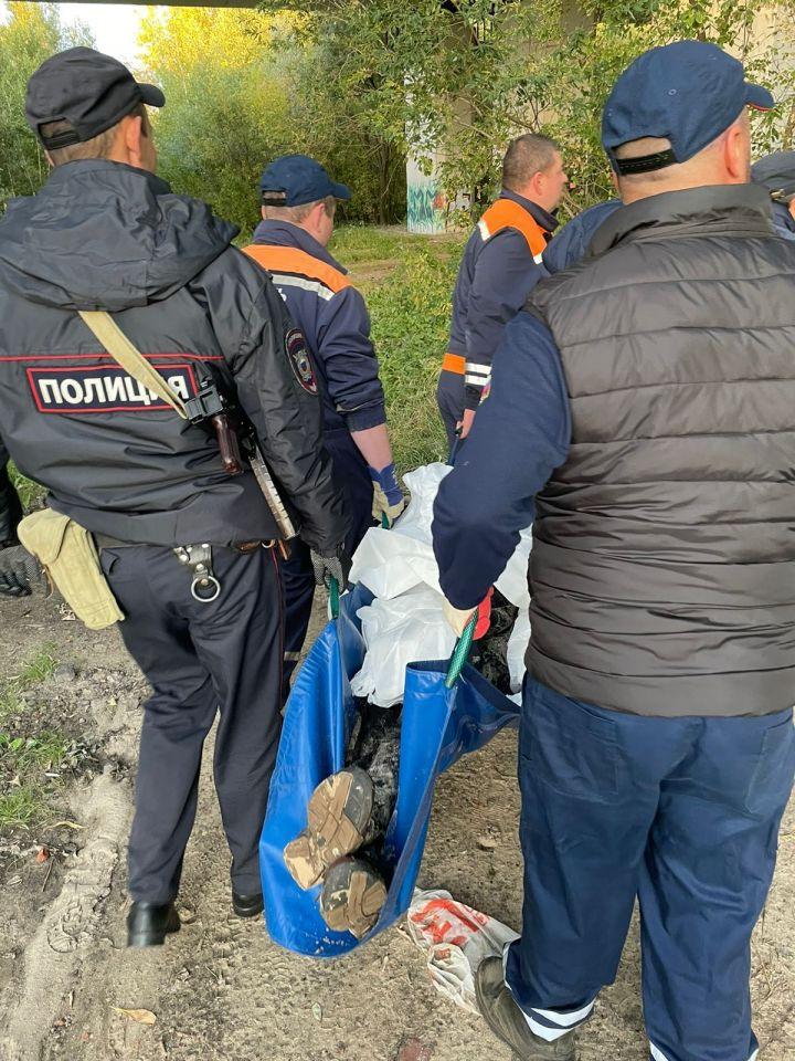 В Казани мужчина пострадал, упав с берега в реку