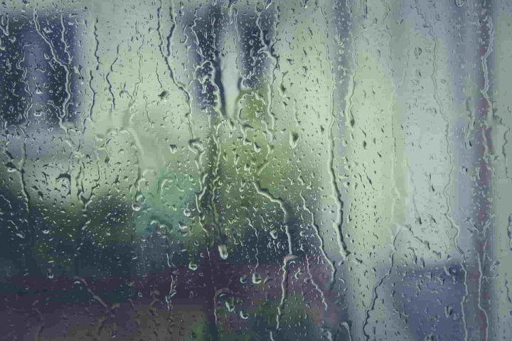 Последние десять лет в октябре в Казани дожди идут около 10 дней
