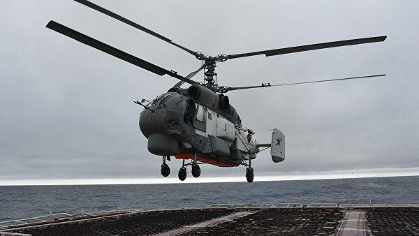 Вертолет Ка-27 совершил жесткую посадку в горах на Камчатке