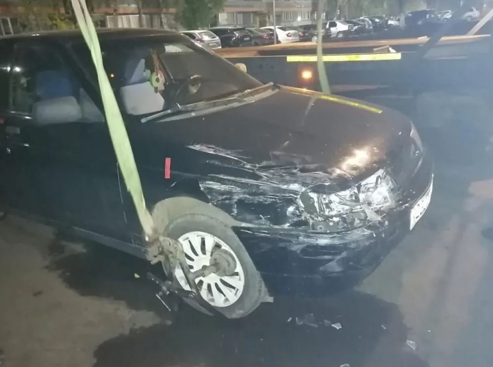 В Набережных Челнах пьяный водитель протаранил три автомобиля