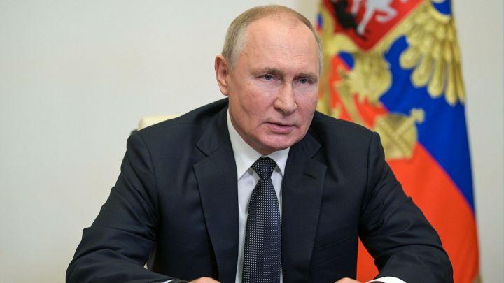 Путина попросили разобраться с челнинским домом, где собираются проститутки