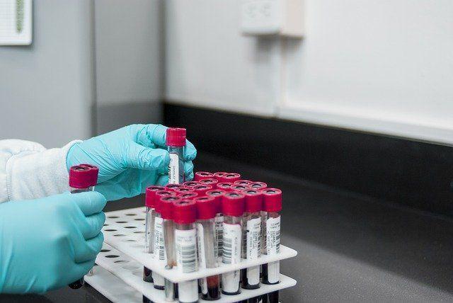 В России начинаются клинические испытания новой вакцины от COVID-19 «Бетувакс»