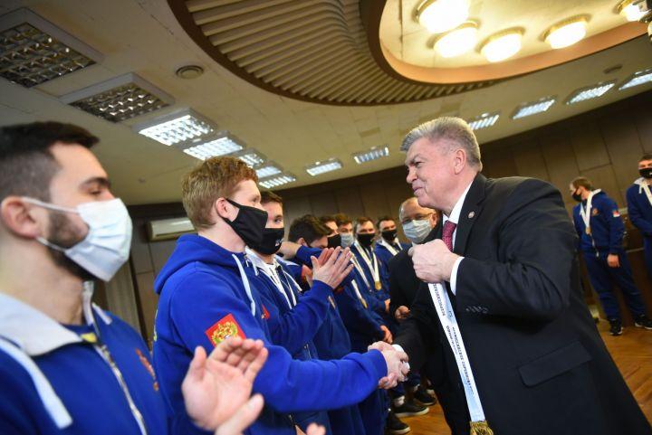 Капитаном хоккейной команды «Челны» стал Константин Калинин