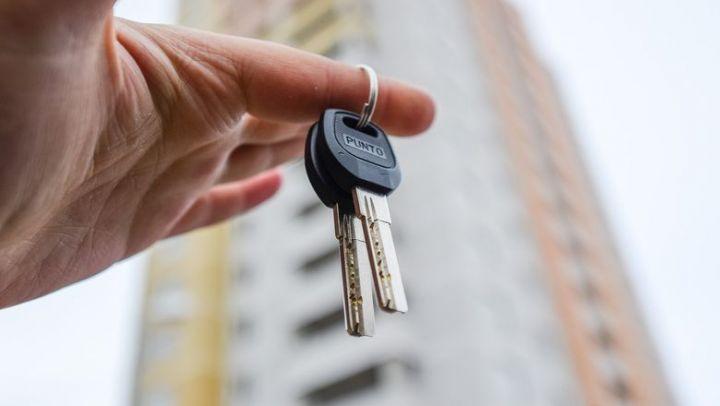 Власти Казани потратят 451,5 млн рублей на новое жилье для горожан из аварийных домов